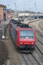 re-482/23301/482-025-421-393-und-421 482 025, 421 393 und 421 383 mit DGS 44665 am 07.03.2009 in Offenburg.